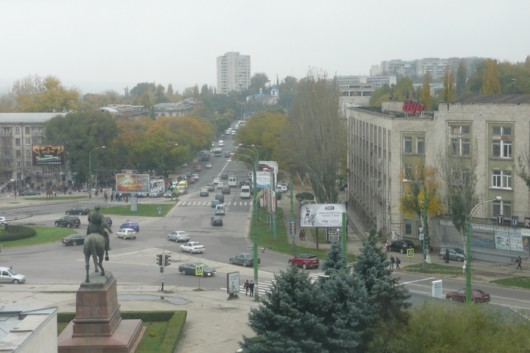 Yleiskuvaa Chisinausta (maan pääkaupunki).