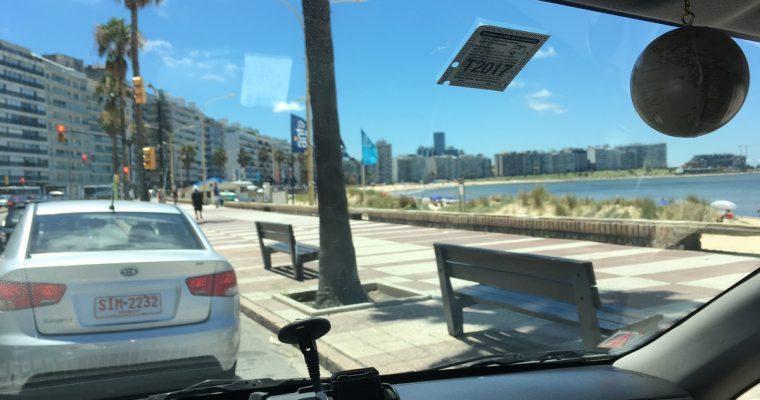 Laivamatka Montevideoon ohi, auto tullattu ja Uruguayn tieliikenteessä