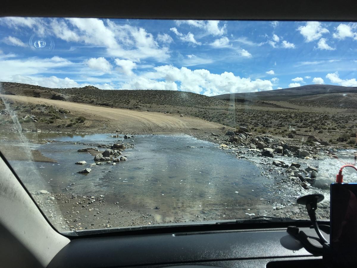 Peruun – sekavia rajoja, kadonneita siltoja ja afrikkalaishenkistä rakennettua ympäristöä