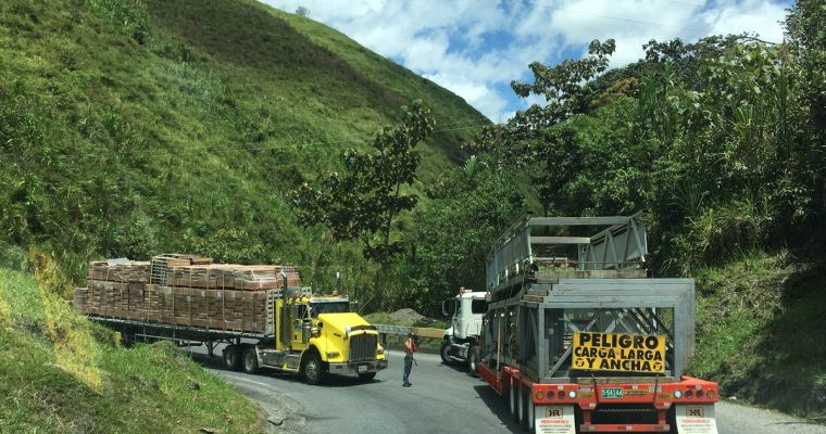 Päiväntasaajan yli ja Kolumbiaan