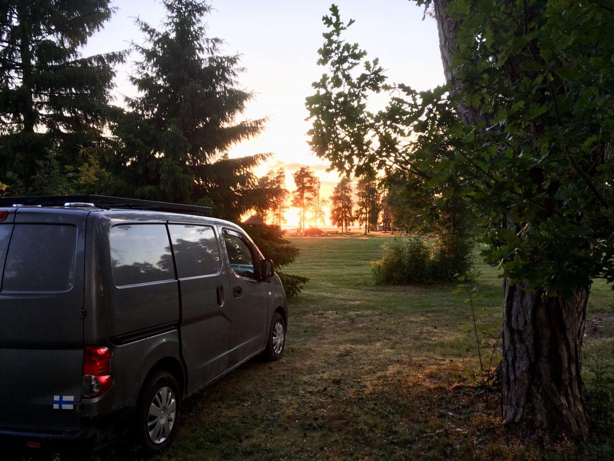Nissan ulos tallista ja taas ajoon – vikalista ynnä muuta autokuulumista