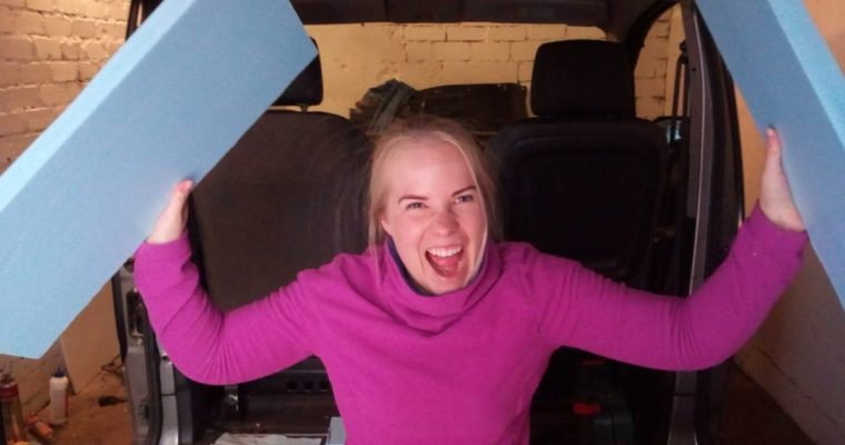 Pakettiauton lämmöneristäminen – minkälaista eristettä reissupakun seiniin?