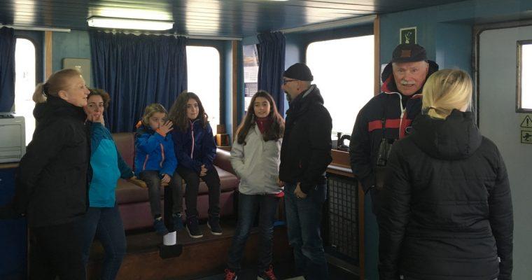 Rahtilaivalla matkustavista ja heidän ajoneuvoistaan