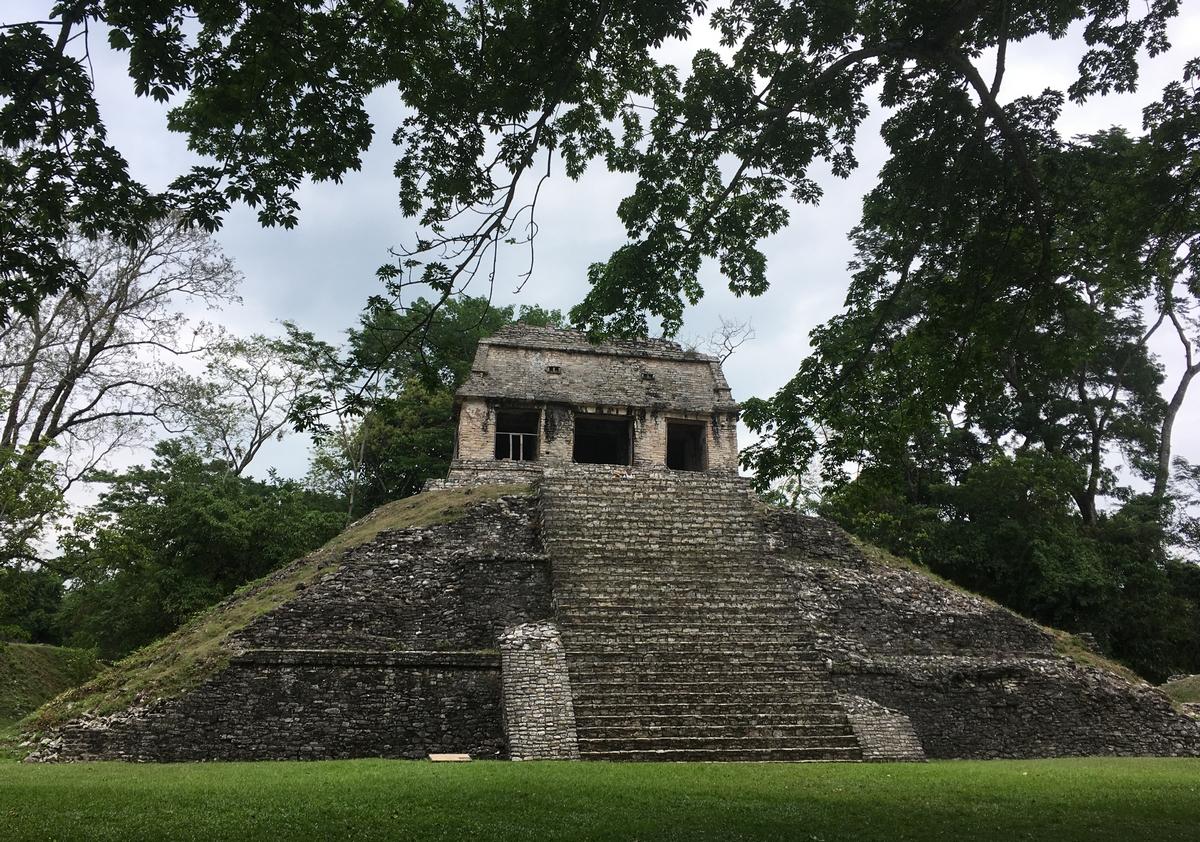 """""""No posible"""" – uuden tuulilasin metsästystä Meksikossa, Maya-raunioita, aurinkosähköä ja -sähköttömyyttä"""